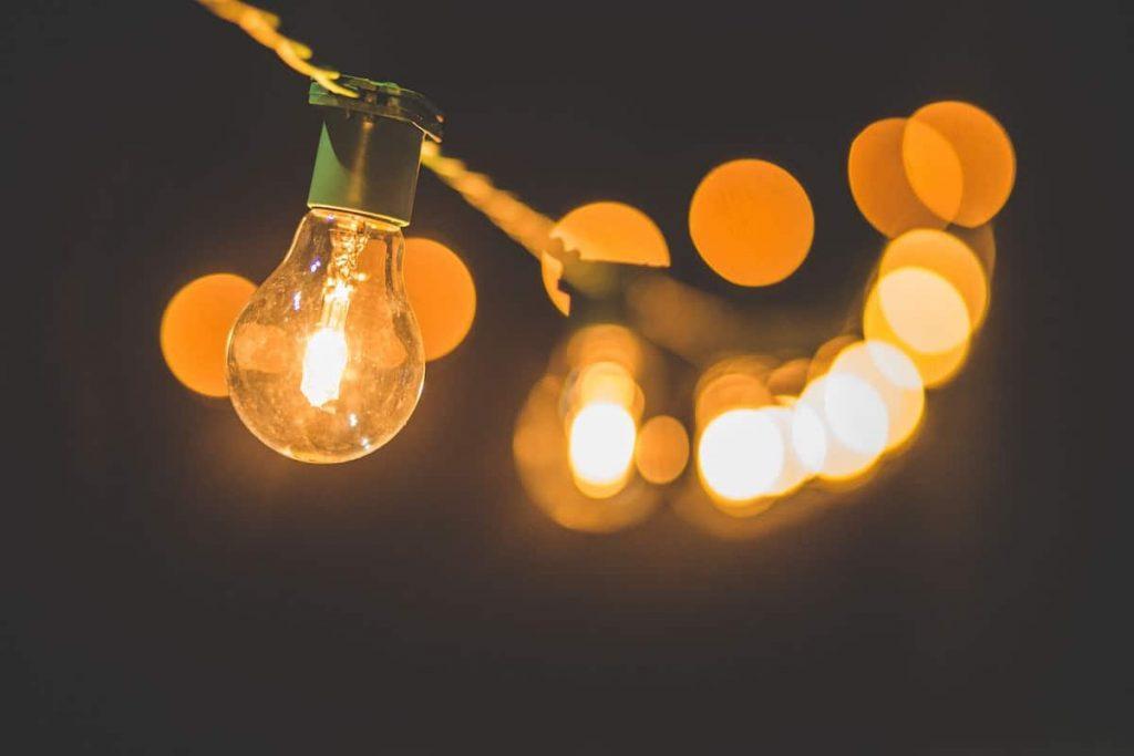 type of garage lighting color render cri string of bulbs